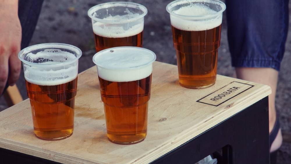pomočování po alkoholu